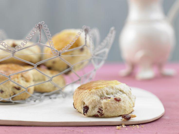 Kleine Cranberry-Kuchen - mit Mandeln - smarter - Kalorien: 160 Kcal - Zeit: 20 Min. | eatsmarter.de