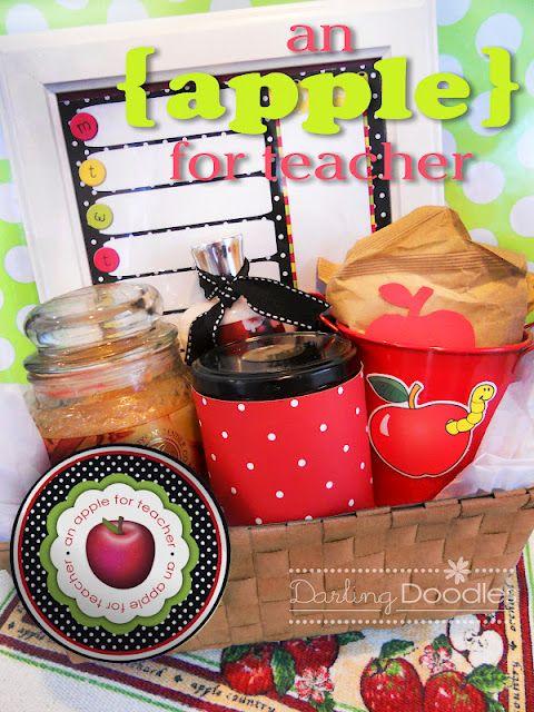 Darling Doodles: gift ideasApples Cider, Gift Baskets, Teachers Gift, Little Gift, Apples Butter, Gift Ideas, Darling Doodles, Scented Candles, Baskets Ideas