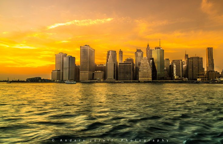 Sunset @Manhattan by Anders Jorulf - https://youpic.com/image/5356494   #YouPic #photography #NYC #cityscape #inspiration