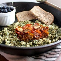 Pesto Tofu Scramble - a protein packed, vegan breakfast . yum yum!
