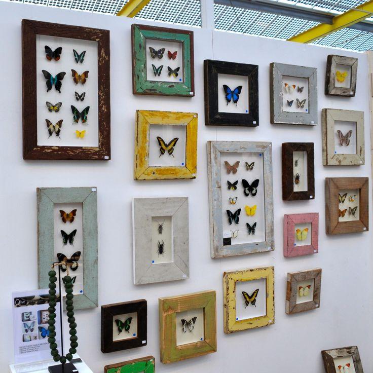 Stylingtips voor kunst, foto's, lijsten en spiegels op de muur via www.stijlidee.nl