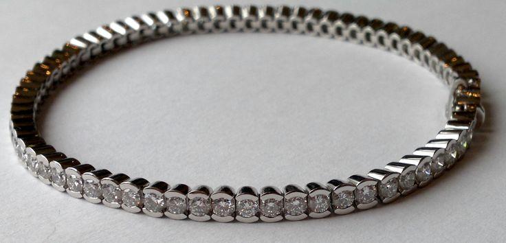 Platinum diamond Tennis bracelet - Made at Goldsmiths