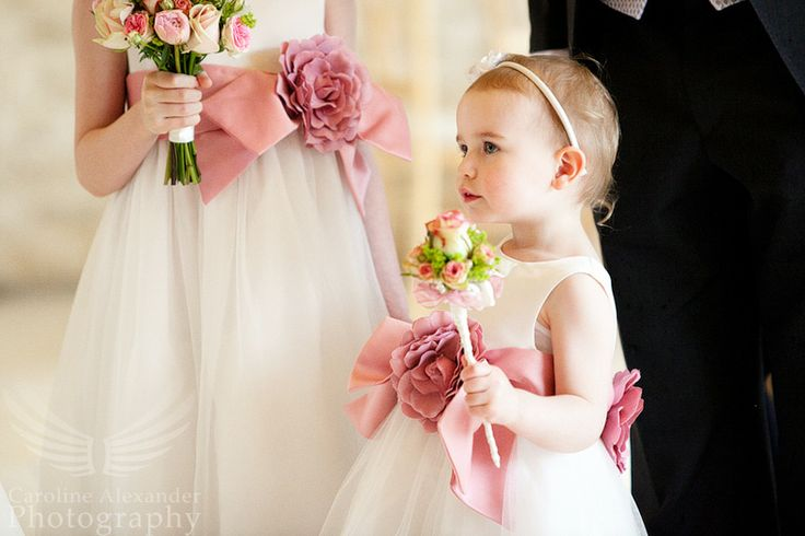 Love this one of the flower girls wand