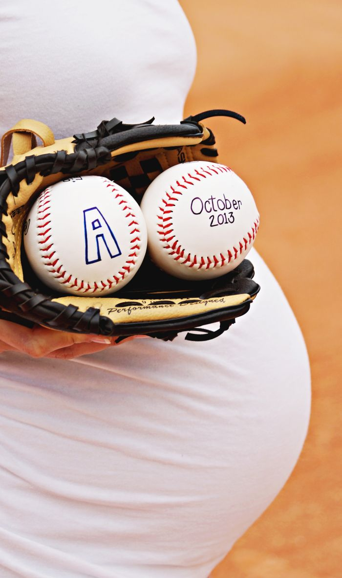 Baseball Maternity Photo #baseball #maternity #bellybump #baseballbaby www.lidsquid.wordpress.com Lydia Thomas 2013