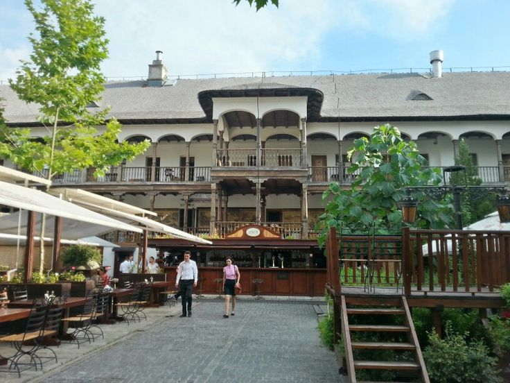 Having a beer with colleagues at Hanul Manuc. One of the oldest restaurants in the city, built in 1808