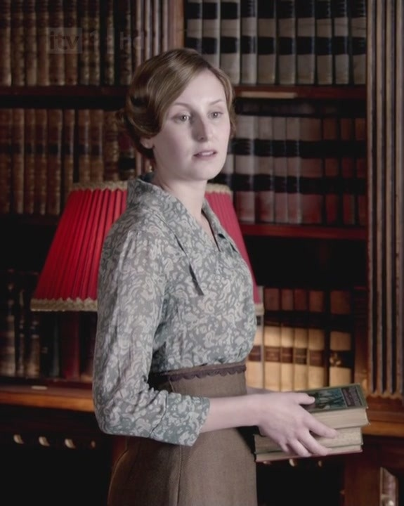 "Downton Abbey, Edith. ""books! Books for the wounded"""