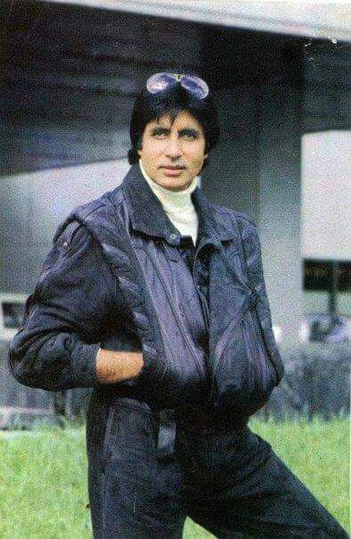 This is a picture of the Bollywood actor Amitabh Bachan who is a very popular and well-known actor since 1969 and is still active as an actor. Besides being an actor he also recorded some songs, but he is not a singer. He has also worked as a playback singer, a film producer and television presenter and had a stint in politics. I think he is one of Indian heroes because he is a very good actor and made a lot of movies. He was very famous in the 70's and 80's.