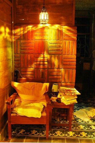 Lighting in rumah baca cimot. Indonesian Architecture. Architect : Yoshi Fajar