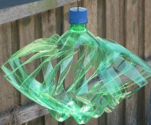 How to: Plastic bottles to wind spinners