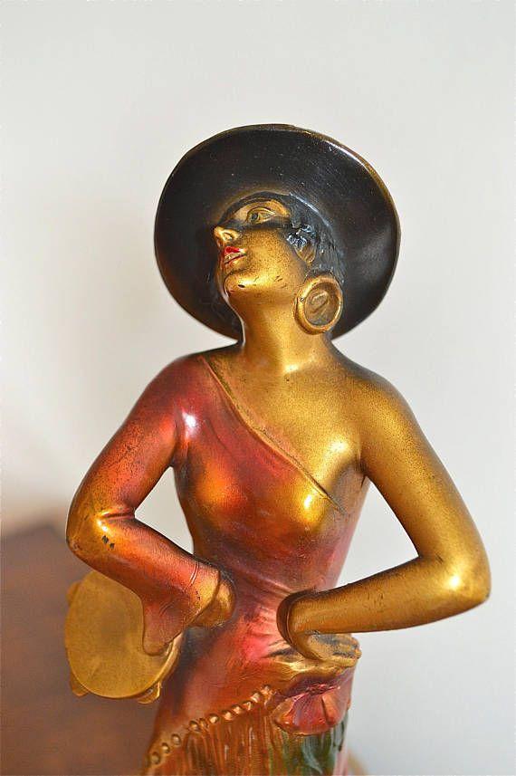 Beautiful original Art Deco Spanish dancer lady lamp figural