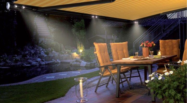Verlichting in terras zonnescherm. Zonwering Westland
