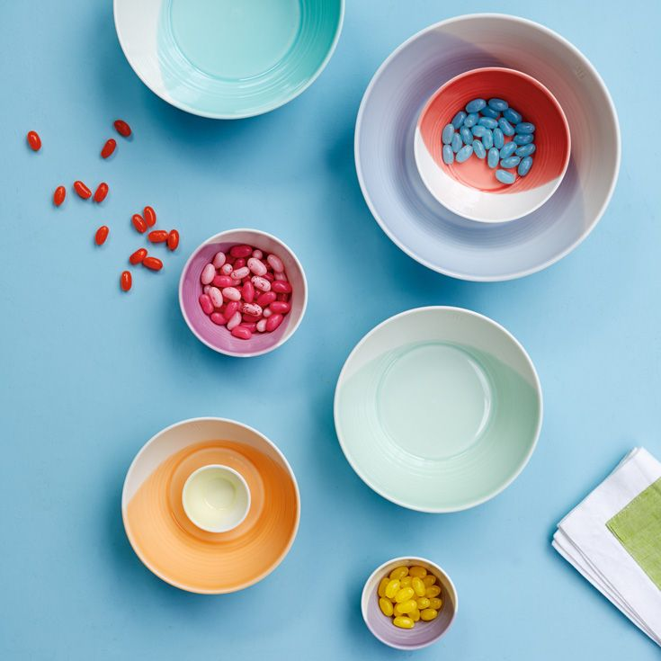 Royal Doulton 1815-2015: vibrant collection of interior gift pieces.
