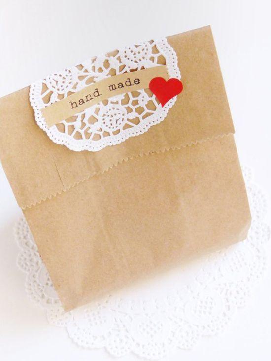 Gift wrapping ideas by Ghirlanda Di Popcorn