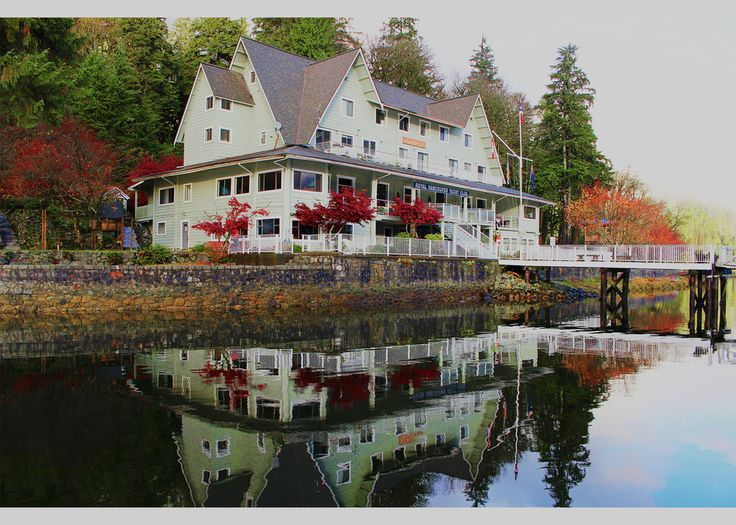 The Wigwam Inn #boating #rvyc #reflection #photography #landscape…