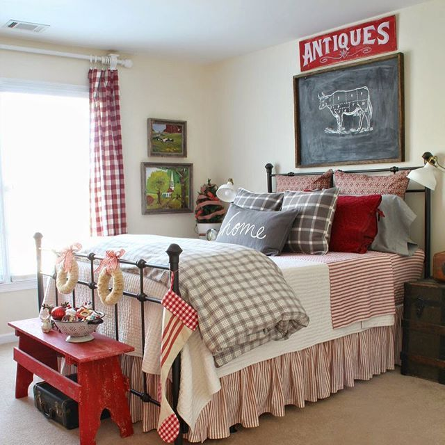 Red White Bedroom Designs