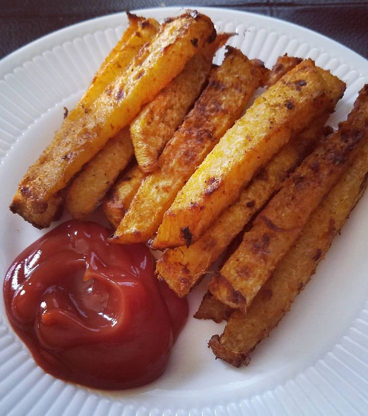 Jicama Fries!! So good! Here's how I did it--Boil jicama sticks for 15 min, or until soft, drain.…""