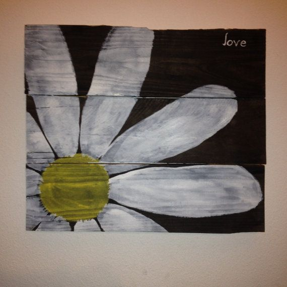 Love Daisy Pallet Sign