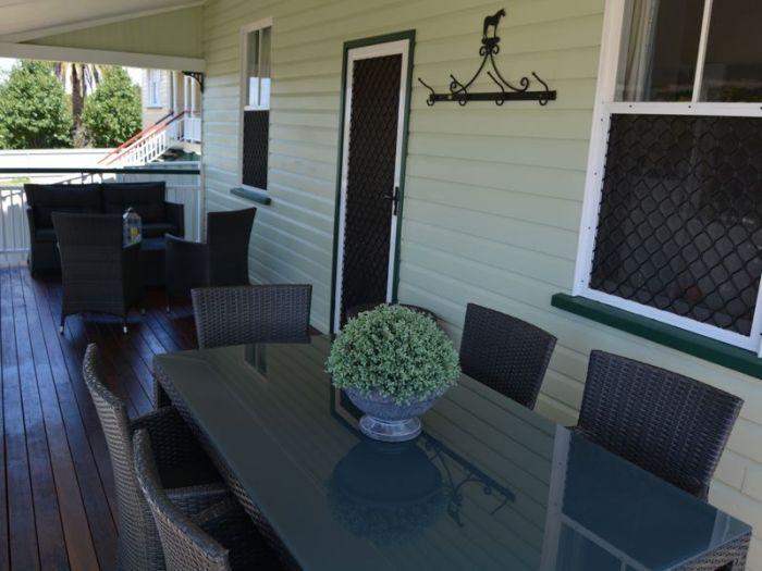 115 Albion Street Warwick House For Sale -  115 Albion Street  -  Photo 2