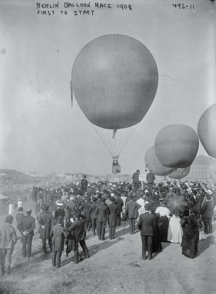 """Balloons starting to rise in balloon race"", Berlin, 1908"