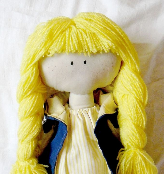 Szőke hajú baba by http://www.breslo.hu/katalin89/shop