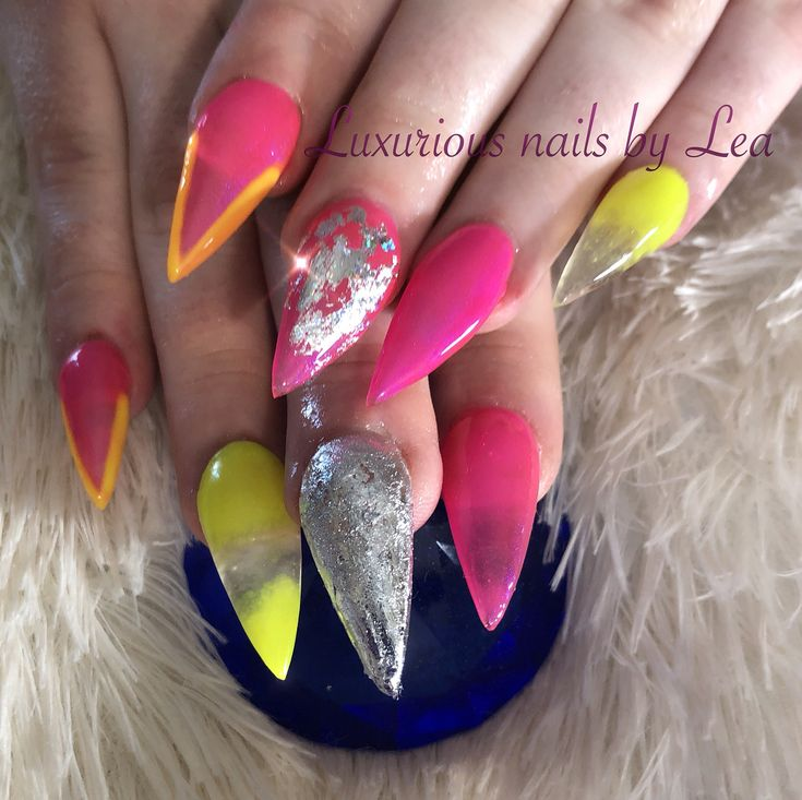 He said he feels like Barbie with these nails Im like ..... Yasssss bih  #nails #nailsofinstagram #nailsonfleek #nailsonpoint #nailsispoppin #fleeky #flawless #pointy#sharp #long #stiletto #freestyle #heletmegoham #iwentcrazy #lol #extreme #fun #barbie #girl #inabarbieworld #youcanbrushmyhair #undressmeeverywhere .... #song #dance #feel #pretty #unique #neon #hotpink #glowinthedark #acrylic #foil #shine #bright #design #brilliant #magnificent #sculpted #nailforms #gorgeous #gel #tookmytime…