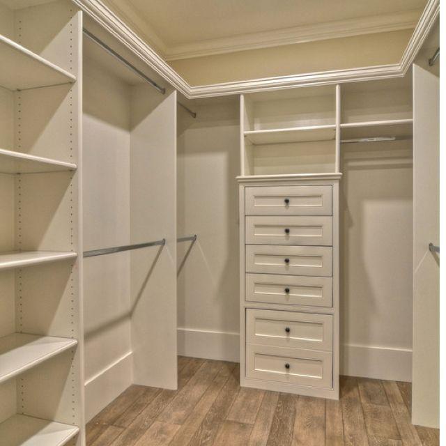 o meu armário tá vazio ,coloque algo nele por favor, pode ser a sua fotografia