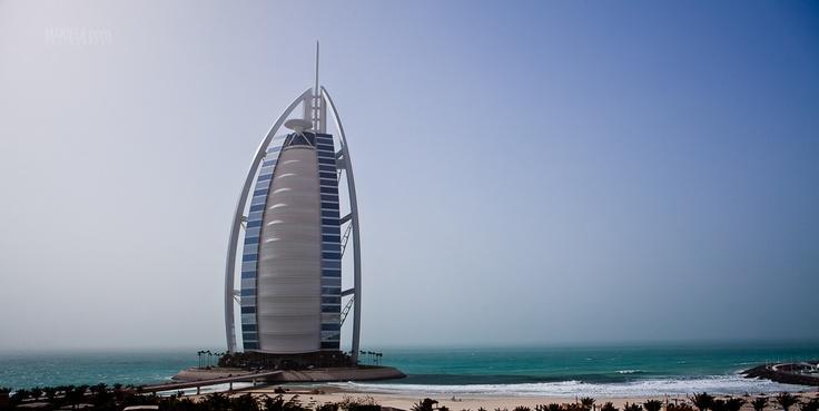 Burj Al Arab, Dubai.  www.makiela.com