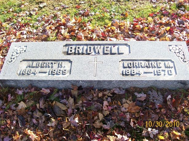 Al Bridwell - Major League Baseball Player. On April 16, 1905, he made his debut in the National League at shortstop for the Cincinnati Reds. In his career he also played for the Boston Braves, New York Giants, Chicago Cubs and finished with the St. Louis Terriers on September 23, 1915. In ten seasons he played in 1252 games had 1064 hits, 2 home runs, 348 runs batted in with a .255 batting average.