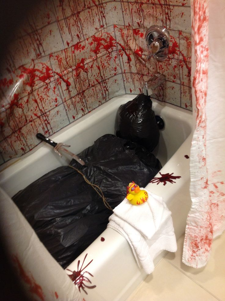 49 best curiosity halloween bathroom images on pinterest for Halloween bathroom ideas
