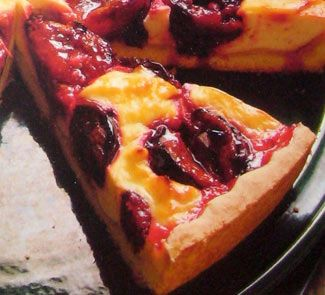 Вергильский пирог со сливами