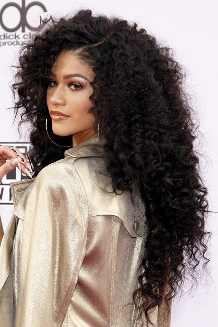 Celeb Inspo The Best Hairstyles For Long Hair Fashionisers Part 23 Curly Hair Styles Naturally Curly Hair Styles Zendaya Hair