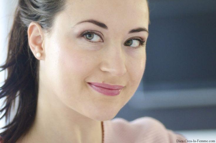 Le tutoriel du maquillage anti fatigue de lendemain de fête !
