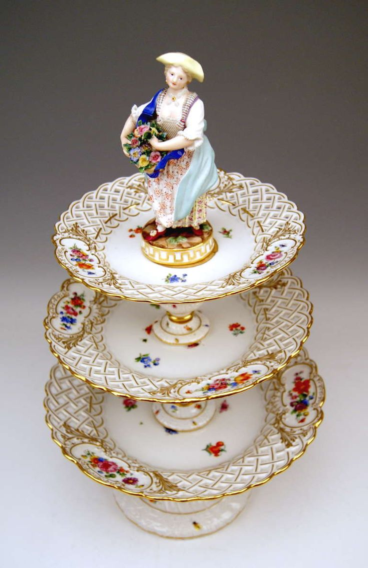 Meissen Porcelain Manufactory (Germany) —  Centrepieces, Each Crowned by Sculptured Figurines c, 1870    (768x1185 )