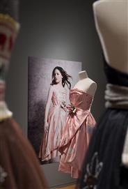 "Julie Skarland, one of -a-kind couture, ""Pure Arabica"" from the exhibition Paris -New Delhi - Oslo, 2014 at The National Museum , Oslo- Norway. First shown at Kyss Frosken ,2005."
