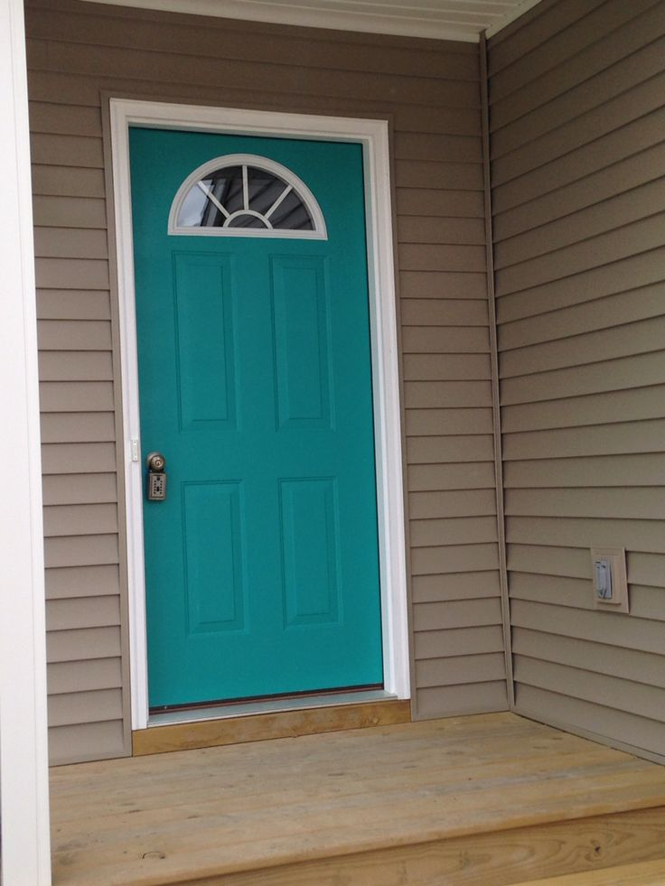 Our front door.  Nifty Turquoise   Sherwin Williams. & Best 25+ Teal door ideas on Pinterest | Turquoise door Colored ... pezcame.com