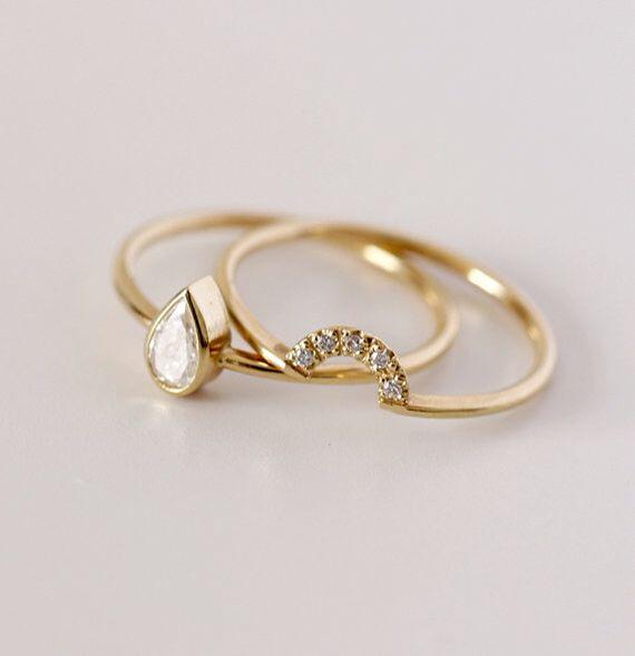 charming gold wedding ring set / Etsy