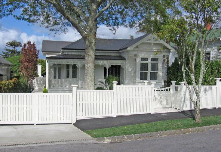 Bradford Fence : Wooden Gates Fences driveway gates Wooden gate manufacturers Auckland New Zealand Waiuku