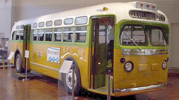 La Caja de Pandora: Se cumplen 60 años del día que Rosa Parks se negó ...