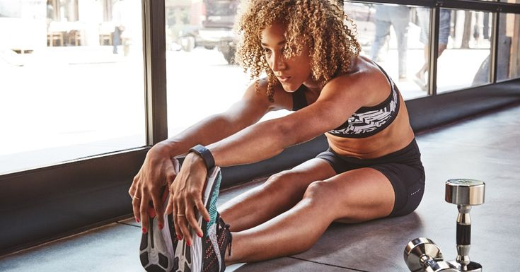 No Need to Ever Do Lunges Again With These Thigh-Sculpting Moves http://www.popsugar.com/fitness/Leg-Exercises-Lunges-38532836?cid=soc_Prevention+Magazine+-+preventionmagazine_FBPAGE_Prevention_ThirdPartyonly%3APopSugarFitness_ #strength #fitness #legs
