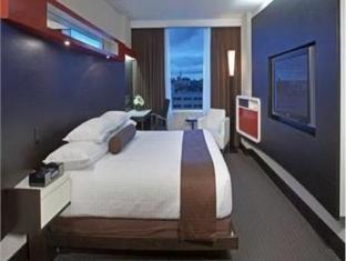 Hyatt Regency Hotel in Toronto Canada via http://www.cheaphotelsinmap.com/cheapHotelDetails.xhtml?discountHotelName=Hyatt_Regency_Hotel_Toronto #travel #hotels