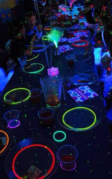 Glow Necklaces as Glow Party Table Highlights! Try outlining your paper plates with Glow Stick Necklaces! https://glowproducts.com/us/glownecklaces