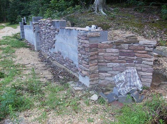 This Is The Actual Veneer I Made Installed On The Retaining Wall I Built Stone Veneer Stone Exterior Houses Exterior Stone