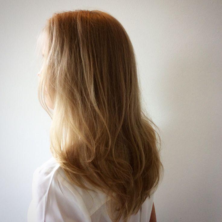 Natural light brown hair - vaaleanruskeat hiukset kiiltokäsittelyn jälkeen #glossing #lightcaramel #vaaleanruskeathiukset