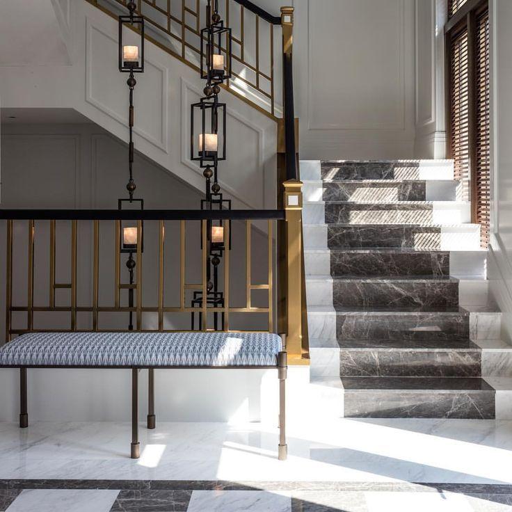 Treppenaufgang Leuchten