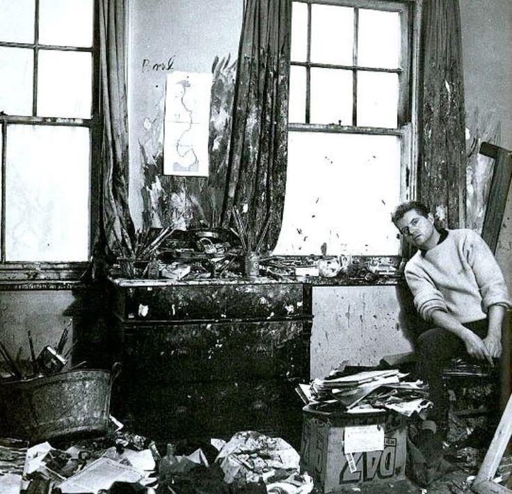 cecil-beaton-francis-bacon-in-his-studio-in-1959.jpg (796×768)