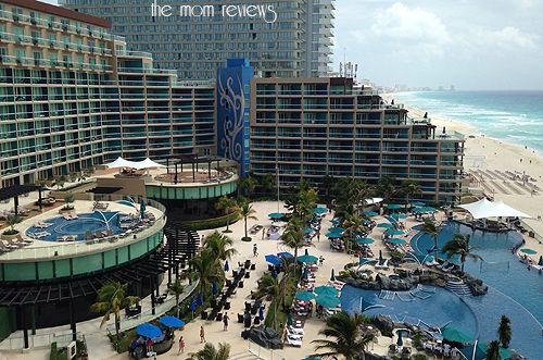 Hard Rock Hotel, Cancun Mexico is just as beautiful and just slightly different than it's sister property in Riviera Maya! #Mexico #Cancun #RivieraMaya #HardRockHotel