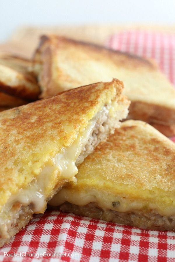 Whether you pitch a tent in the backyard, enjoy a stay-cation at home or if you are loading up the camper to head to the park, these Breakfast Hobo Pies will be a perfect addition to your menu!