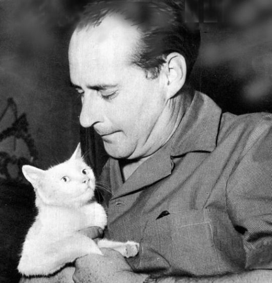 Roberto Rossellini. Italian film director and screenwriter. Father of Isabella Rossellini. (Ingrid Bergman is the mom. She was Roberto's wife from 1950 to 1957.)