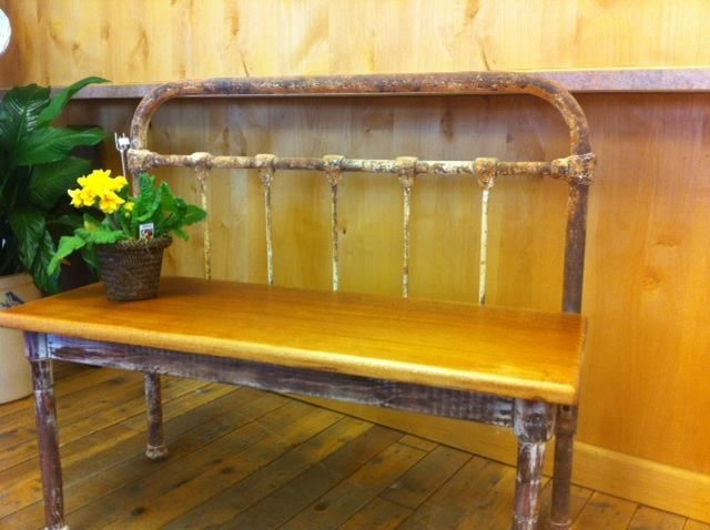 Repurposed iron bed frame bench for Repurposed metal furniture