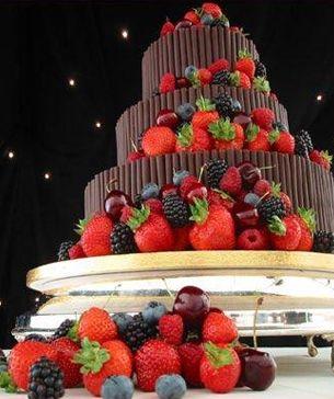 Pomysł na ślub: Torty z rurek czekoladowych
